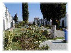 20061028081344-cementerio-1-.jpg